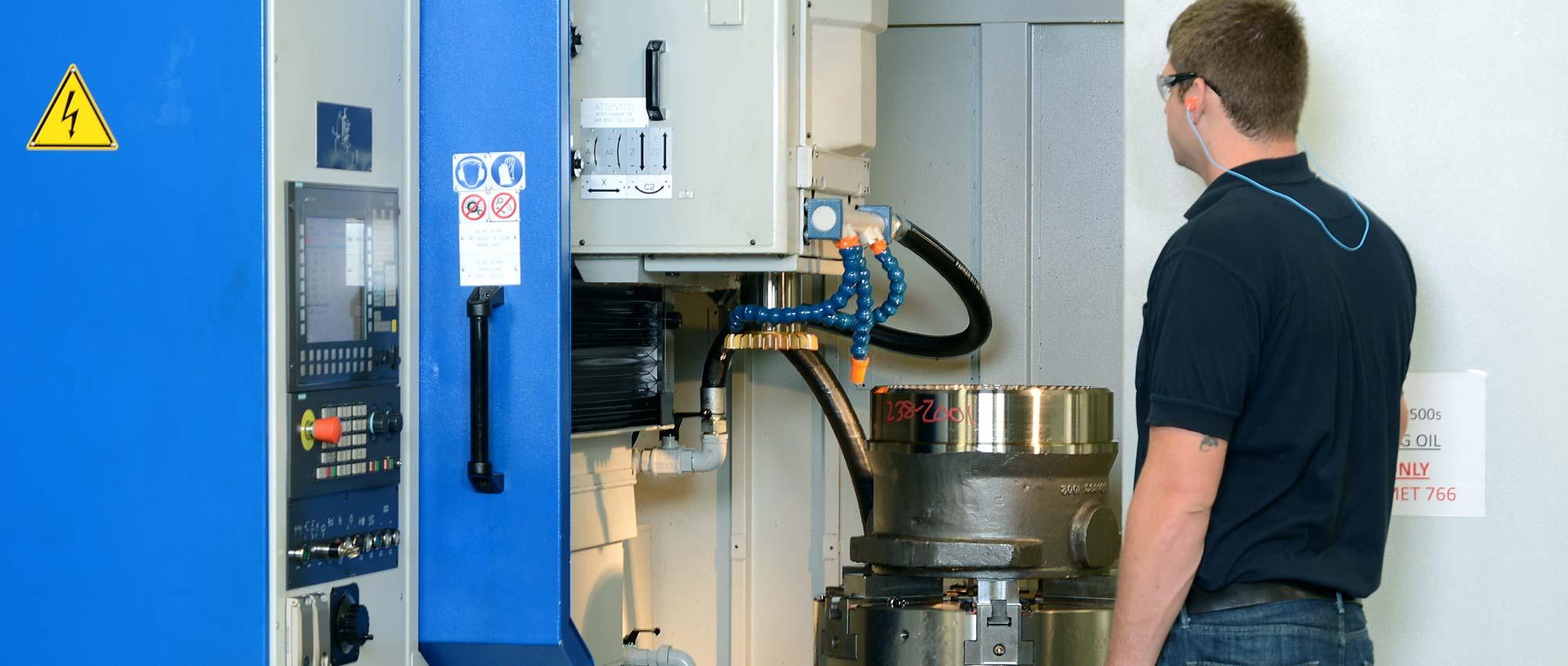 CNC Gear Cutter